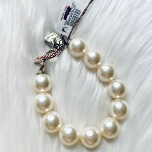 NWT Chico's Faux Pearl Breast Cancer Bracelet